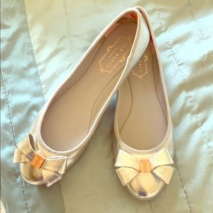Ted baker silver ballet flats 7.5 nwo box